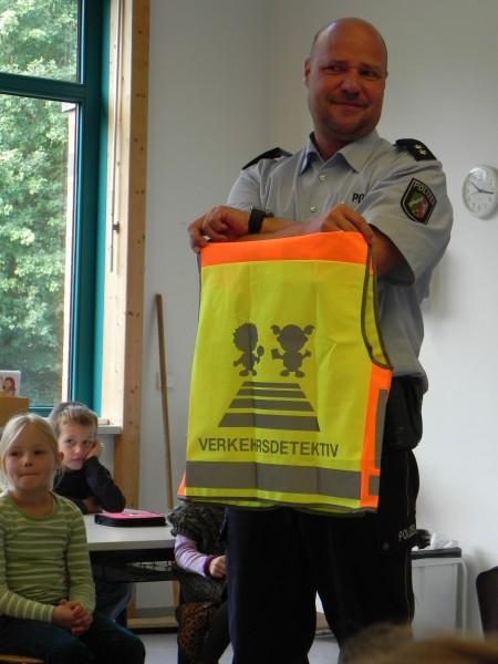 Schulweg Polizei1